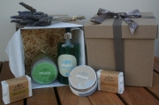 Still Pure Large Pamper Gift Box - for Him