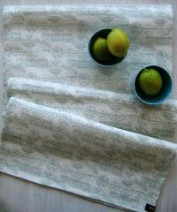 Fondant Textiles Happy Union' duck egg print 100% cotton table runner