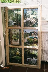 Recycabilia 6 pane cottage frame with pictures
